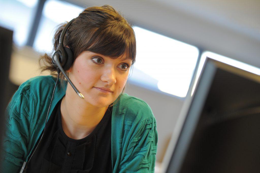 Digital telecare monitoring centre operator - Appello Telecare - Appello Assisted Living